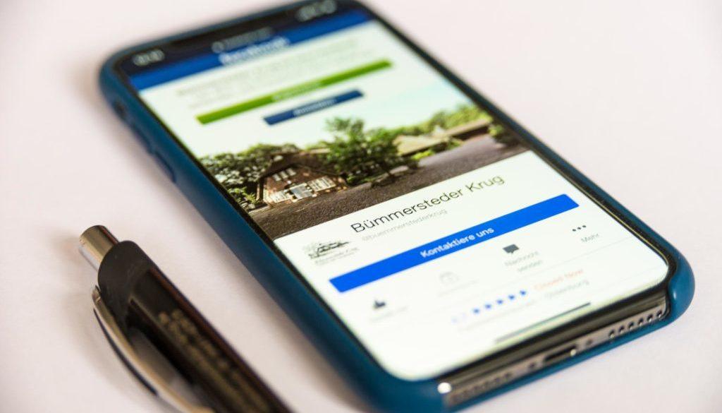 Für einen erfolgreichen Dialog mit den Kunden und Nutzern sollten Unternehmen bei Facebook ein paar Grundregeln einhalten.